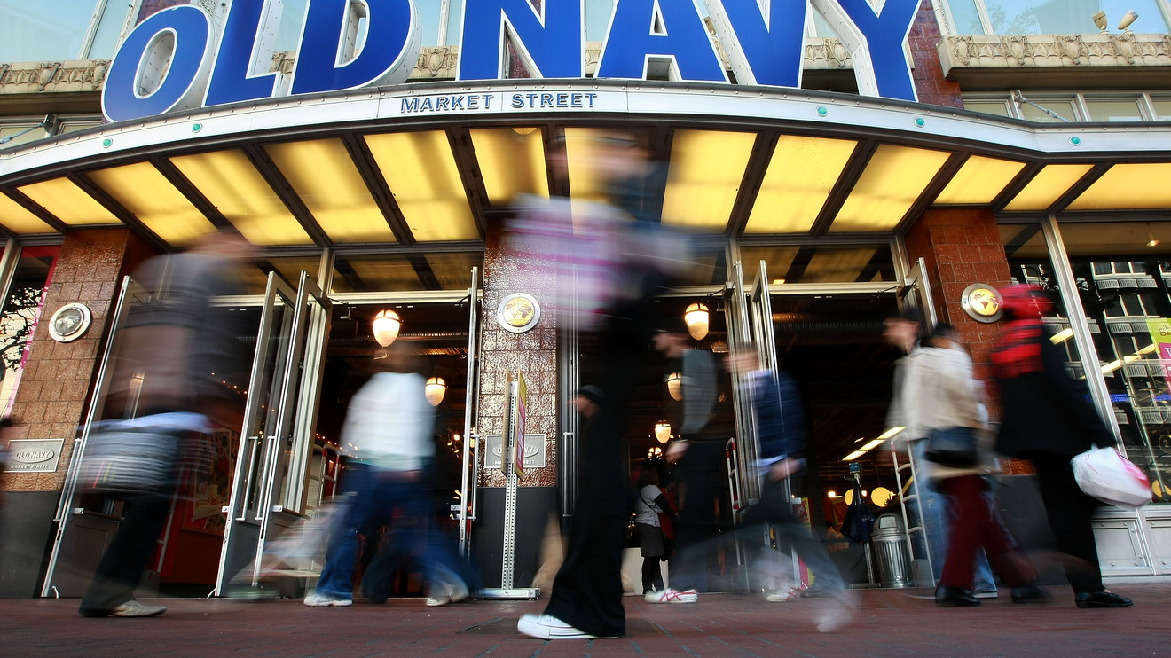 the-ratings-game:-old-navy-spin-off-thrown-into-question-with-gap-ceo-departure