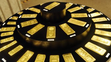metals-stocks:-gold-futures-gain-for-the-session,-but-end-little-changed-for-the-week