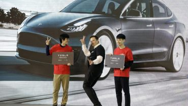 tesla-surges-after-earnings-beat,-vows-to-sell-more-than-half-a-million-vehicles-this-year