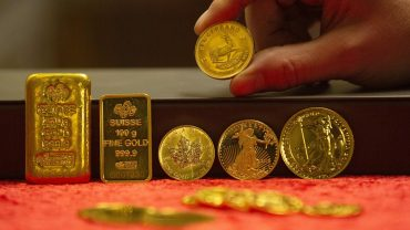 metals-stocks:-gold-prices-extend-rally,-surge-by-most-in-11-years-amid-tight-supplies-and-regime-of-limitless-stimulus