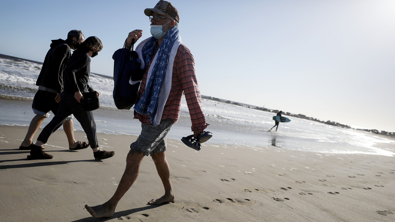 states-reopen-after-coronavirus-lockdowns:-more-beaches,-tourist-spots-open-ahead-of-memorial-day-holiday-weekend