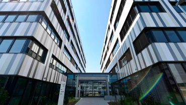 :-german-vaccine-maker-curevac-ramps-up-capacity-to-300-million-covid-19-doses-in-2021