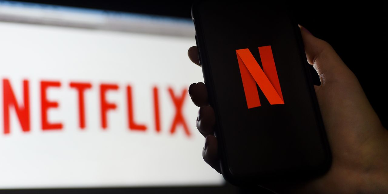 :-netflix-tops-200-million-subscribers-with-year-end-flourish,-stock-jumps-8%