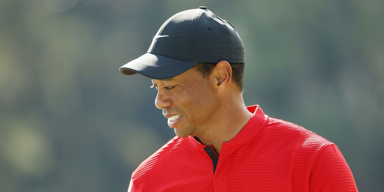 sportswatch:-tiger-woods-seriously-injured-in-rollover-car-crash