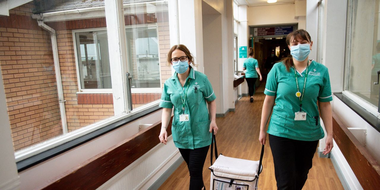 :-moderna-covid-19-vaccine-rollout-begins-in-england,-giving-under-30s-alternative-to-astrazeneca