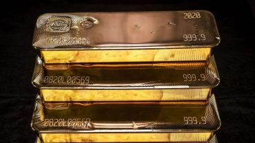metals-stocks:-gold-prices-climb-after-yellen-walks-back-talk-of-interest-rate-hike