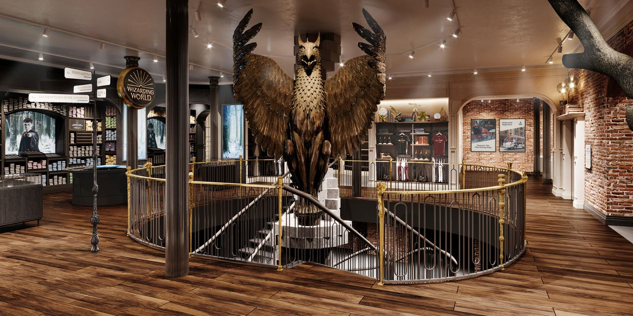 the-margin:-here's-a-sneak-peek-at-the-harry-potter-new-york-store,-featuring-wand-duels,-butterbeer-and-exclusive-hogwarts-gear