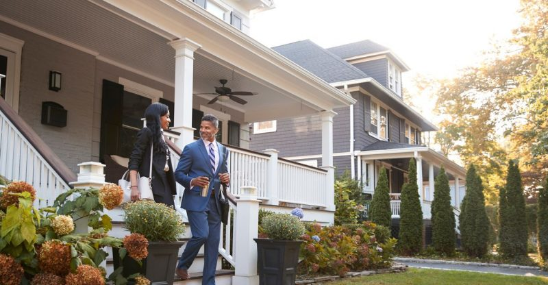 :-most-americans-think-it's-a-bad-time-to-buy-a-home-—-but-there's-one-reason-they're-still-willing-to-take-the-plunge