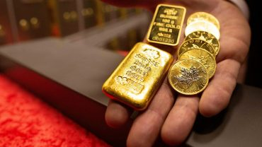 metals-stocks:-gold-futures-hold-near-lowest-levels-in-a-month