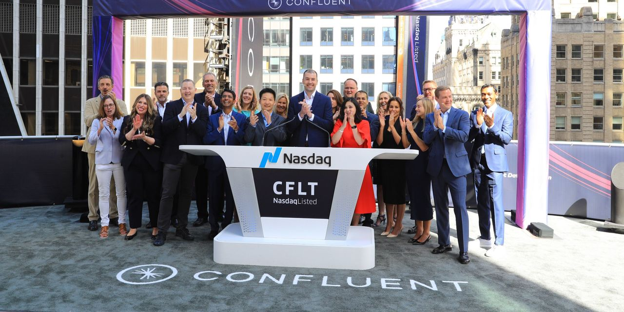 ipo-report:-confluent-stock-bolts-out-of-gate-25%-higher-than-pricing-on-first-day-of-trade