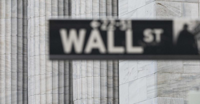 market-snapshot:-dow-tumbles-900-points-as-spread-of-delta-variant,-global-tensions-rattle-investors