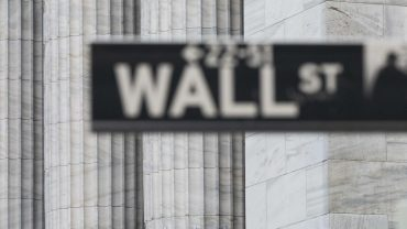 market-snapshot:-dow,-s&p-500-end-at-records,-shake-off-earlier-losses-from-weak-china-data-and-afghanistan-turmoil