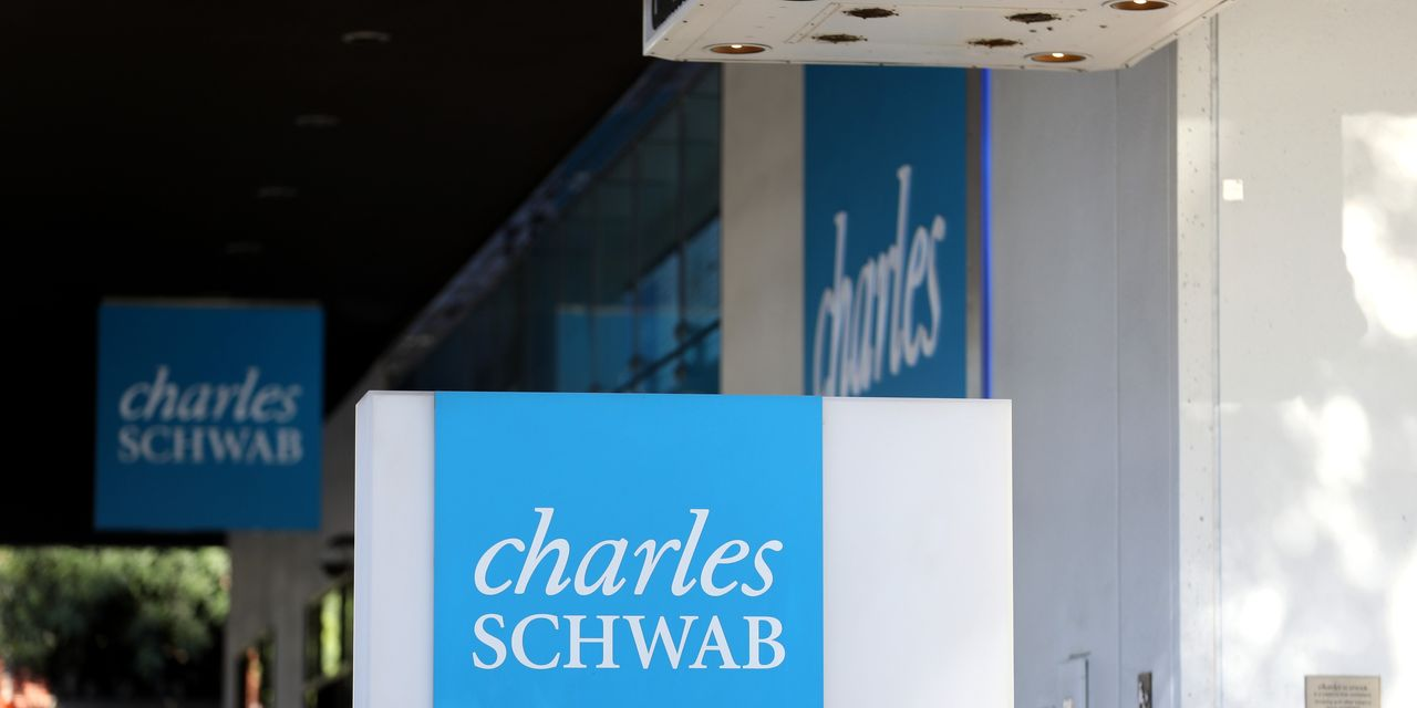 market-extra:-charles-schwab-survey-sees-'astounding'-influx-of-new-traders,-finds-tech-top-pick-in-reopening
