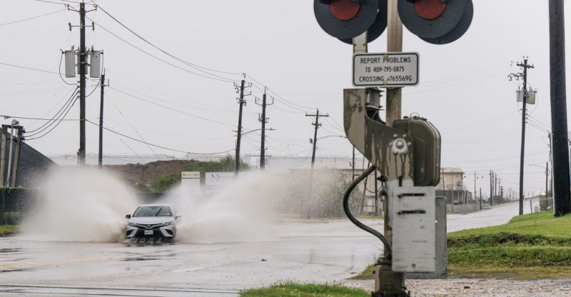 living-with-climate-change:-nicholas-could-bring-catastrophic-flooding-to-parts-of-texas-and-louisiana-—-what-we-know-about-climate-change's-impact