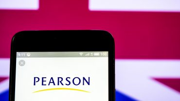 dow-jones-newswires:-pearson-ceo-to-retire-and-company-will-sell-remaining-penguin-random-house-stake