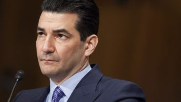 :-gottlieb-says-thanksgiving-could-be-'inflection-point'-for-winter-coronavirus-surge