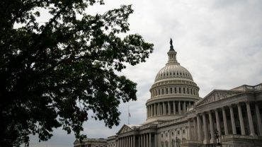 capitol-report:-with-coronavirus-aid-deal-made,-both-parties-claim-victories-ahead-of-monday's-votes
