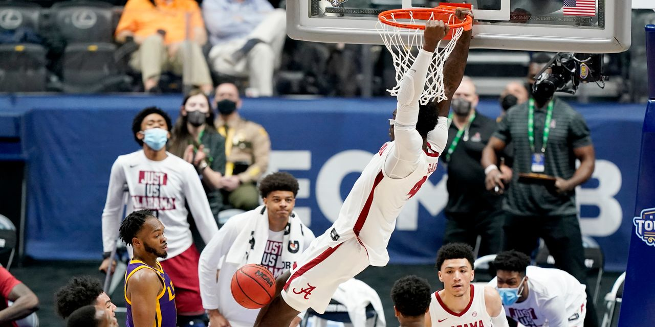 what's-worth-streaming:-bingeing-march-madness:-here's-how-to-stream-the-2021-men's-ncaa-tournament