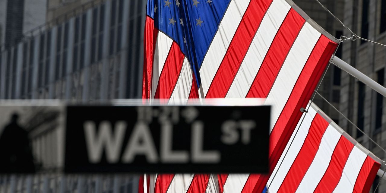 need-to-know:-'don't-fight-the-fed,'-goldman-says-these-stocks-can-benefit-from-higher-inflation.
